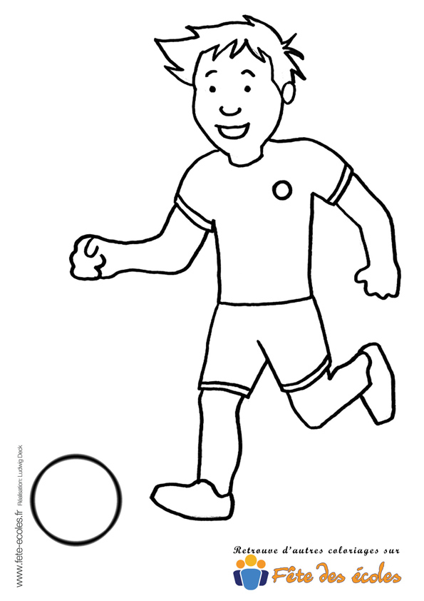 Coloriage gar on qui joue au foot - Fille joue au foot ...